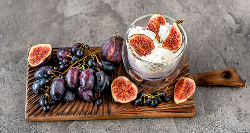 Greek Yogurt with Roasted Honey Figs Recipe