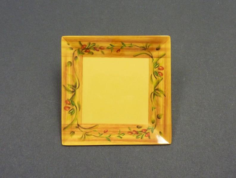 "Yanco OL-110 Olive 10"" Square Plate"