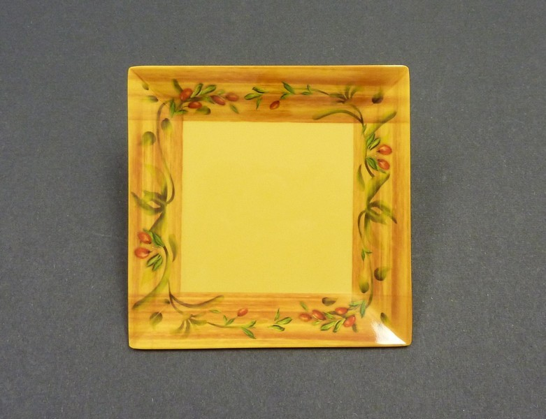 "Yanco OL-112 Olive 12"" Square Plate"