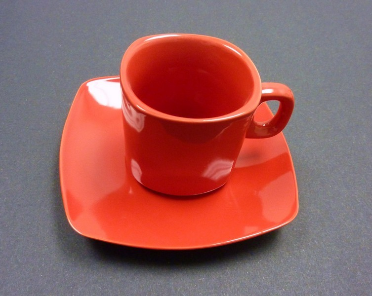 "Yanco CA-002RD Carnival Red 5 1/2"" Saucer"