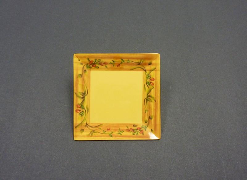 "Yanco ol-106 Olive 6"" Square Plate"