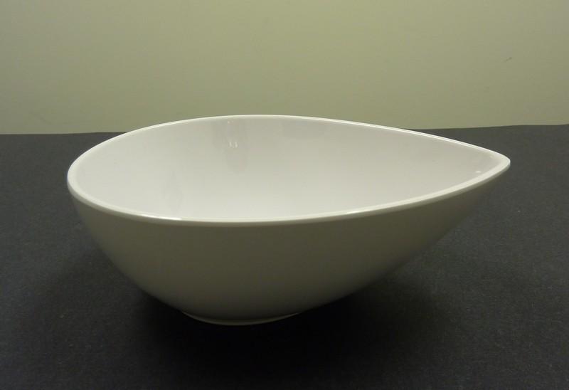 "Yanco RM-708 Rome 8"" Tear Drop Shape White Melamine Bowl 26 oz."