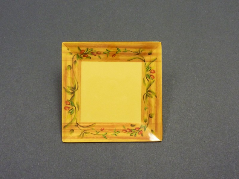 "Yanco OL-108 Olive 8"" Square Plate"