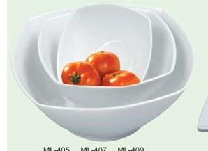 "Yanco ML-407 Mainland 8 1/2"" Square Salad Bowl 32 oz."