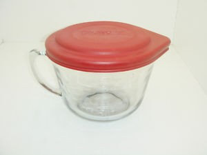 Anchor Hocking 91557L11 2 Qt. Glass Batter Bowl with Red Lid