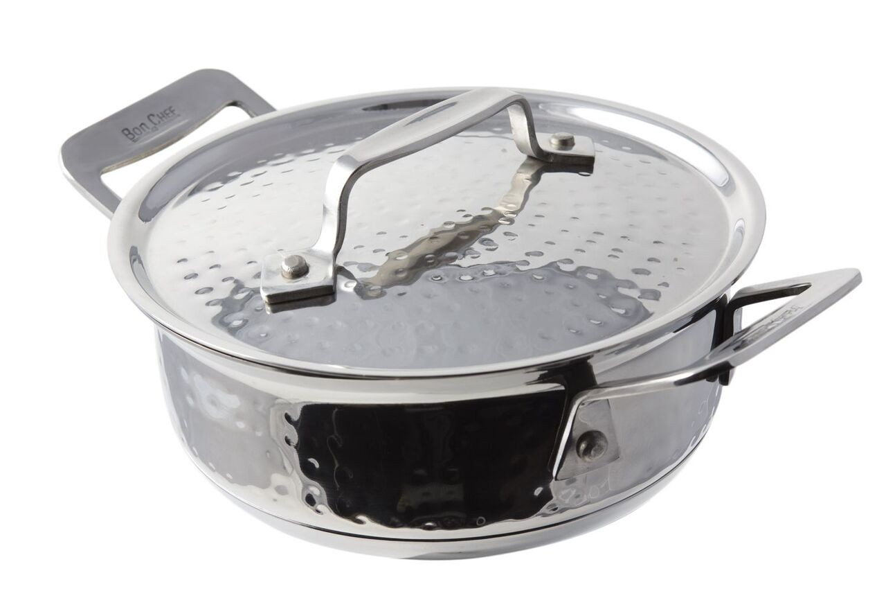 Bon Chef 60027HFHL Cucina Stainless Steel Round Dish with Hinged Lid, Hammered Finish, 36 oz.