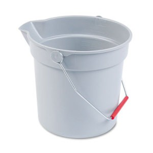 Brute Round Bucket, 10 Quart, Gray
