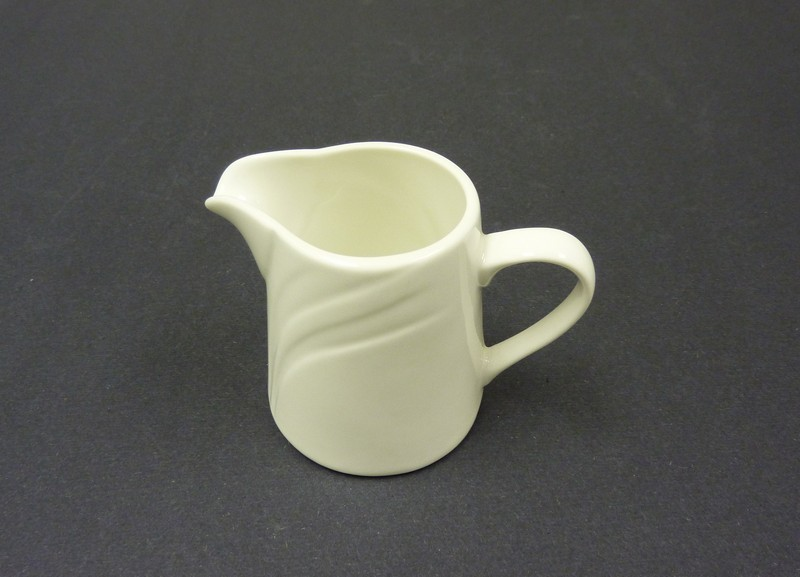 Creamer 6 Oz Miami Embossed Bone China