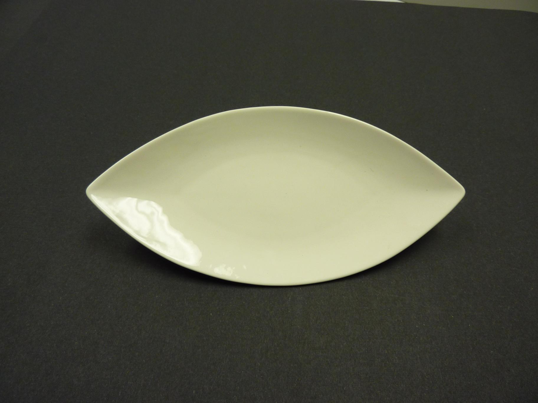 "Yanco FU-211 Fuji 11"" Oval Plate"