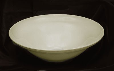 Ivory Melamine 120 Oz. Square Salad Bowl - 13