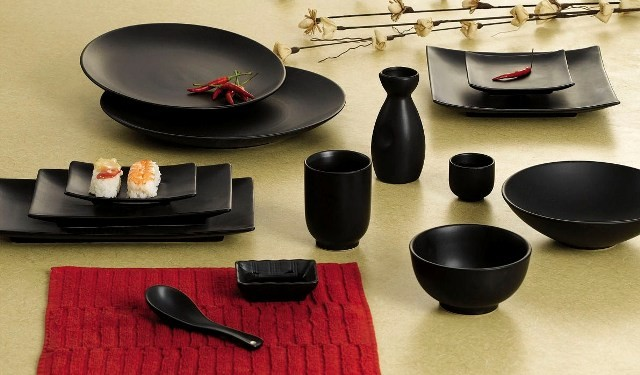 """CAC China 666-21-BK Japanese Style 12"""" Coupe Plate, Black Non-Glare Glaze"""