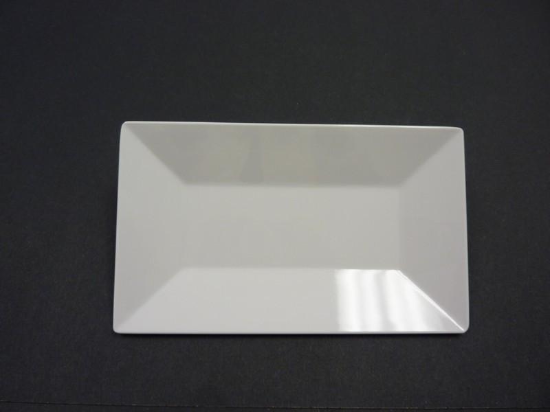 "Yanco RM-210 Rome 10 x 6"" Rectangular White Melamine Plate"
