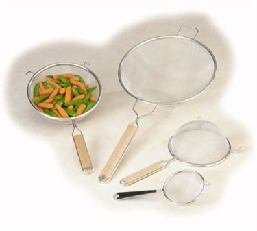 Single Mesh Fine Strainer With Wooden Handle - 6-1/4