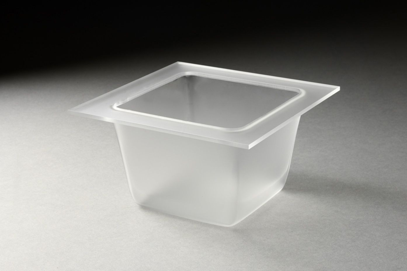 "Rosseto SST1500 Frosted Acrylic 5-2/5"" Square Mod Pod Tray"