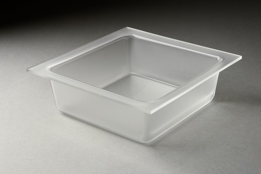 Rosseto LST1395 5.25 Qt. Frosted Large Square Tray for Mod Pod