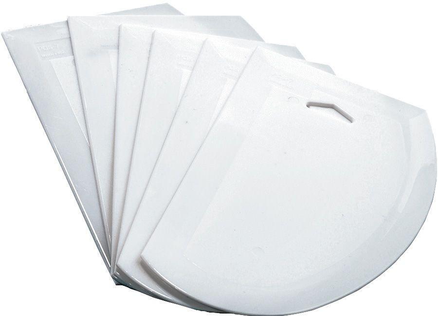 """Winco PDS-7 White Plastic 7-1/2"""" x 4-3/4"""" Dough Scraper"""